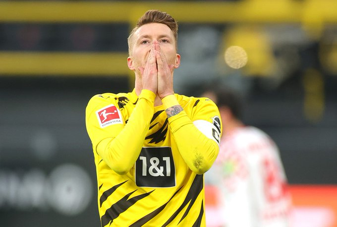 🔍Pontos perdidos pelo Borussia Dortmund na Bundesliga 20/21 (posição atual do adversário na tabela):  3 vs Augsburg (11º) 3 vs Bayern (1º) 3 vs Köln (16º) 2 vs Eintracht (9º) 3 vs Stuttgart (10º) 3 vs Union Berlin (5º) 2 vs Mainz 05 (17º)  68% deles contra times fora do G-8... https://t.co/Cu1FuO4PF9
