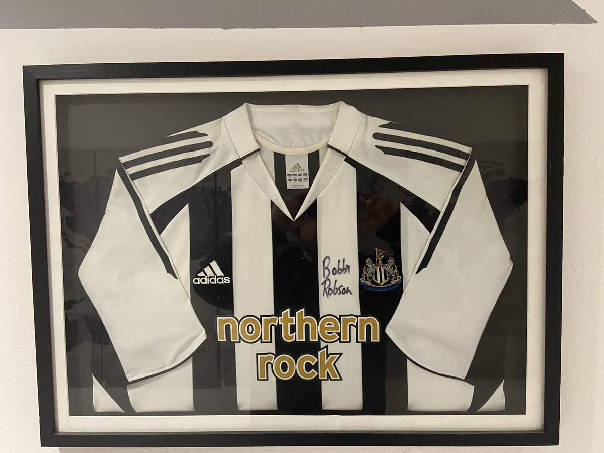 Very very reluctant sale.. if anyone's interested message me.. only way I'll survive the next month 💸💸💸  #nufc