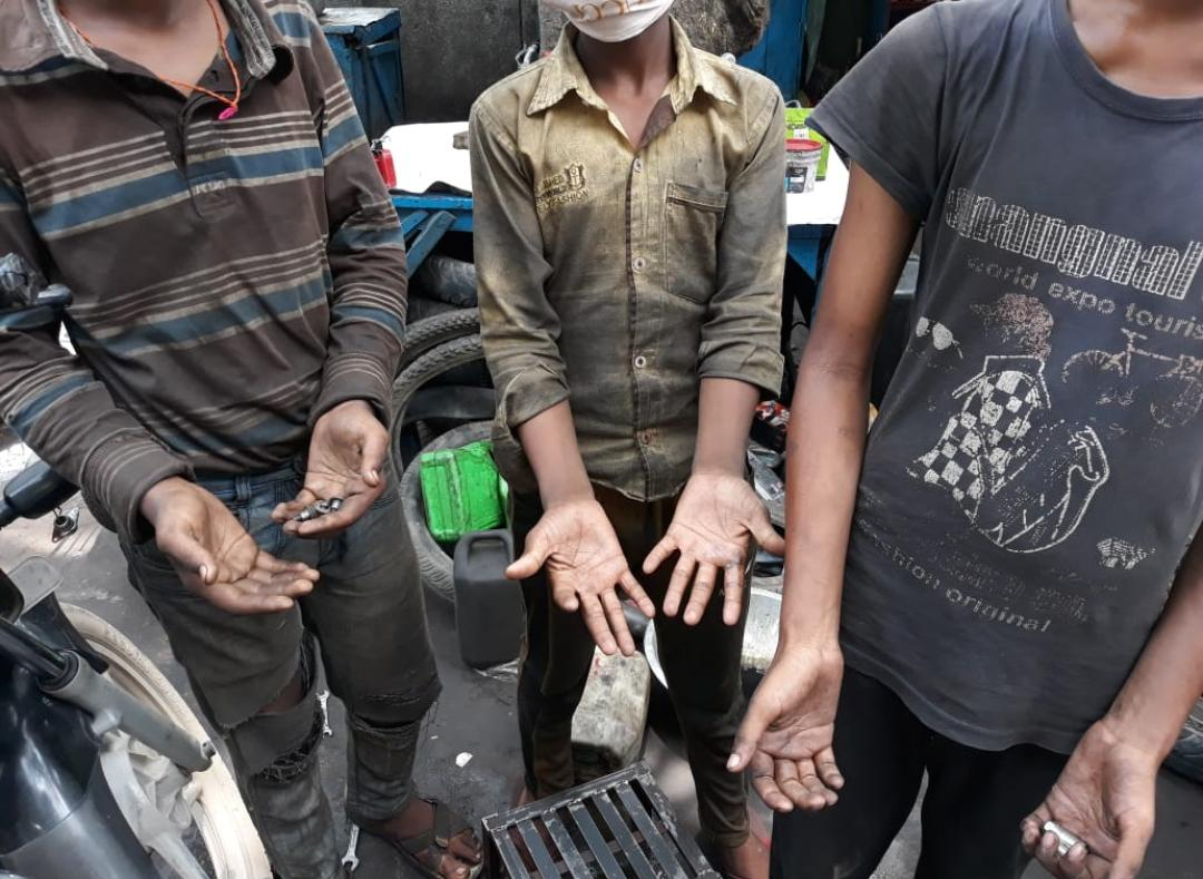 To make Delhi Child-Labour Free by 2023, DCPCR is: ✅Coordinating child labor rescue operations with other dpts.& Civil Society ✅Tracking rescued children ✅Monitoring transfer of compensation, backwages+restoring ✅Monitoring Dstt. Task Force Meetings ✅Sensitizing mandis/APMCs
