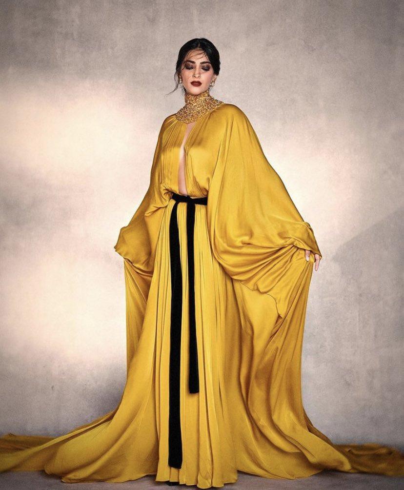 #SonamKapoor in bright yellow