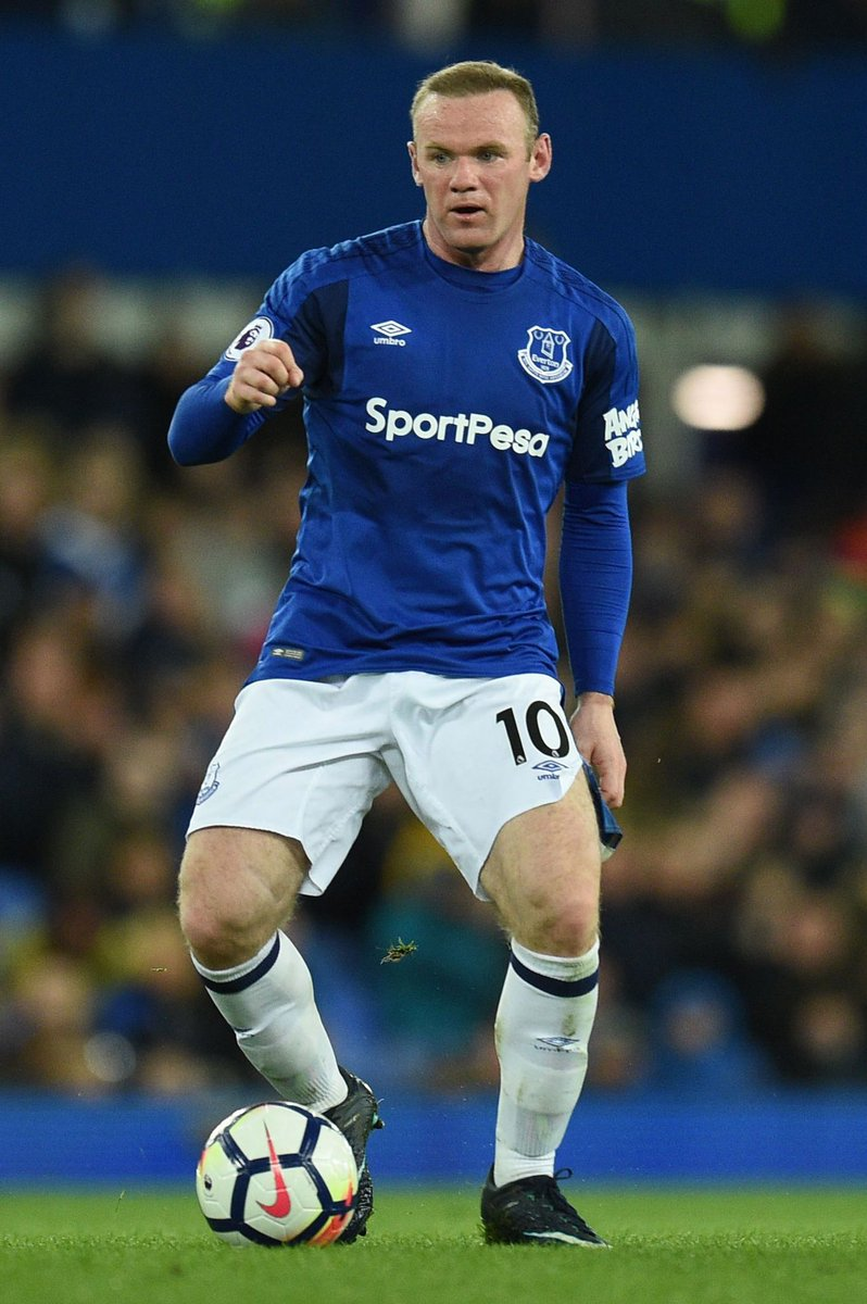 "Indimenticabile quel... ""Wayne Rooney...remember the name!"" #legend @WayneRooney #EvertonFC #COYB @Everton @evertonitalia"