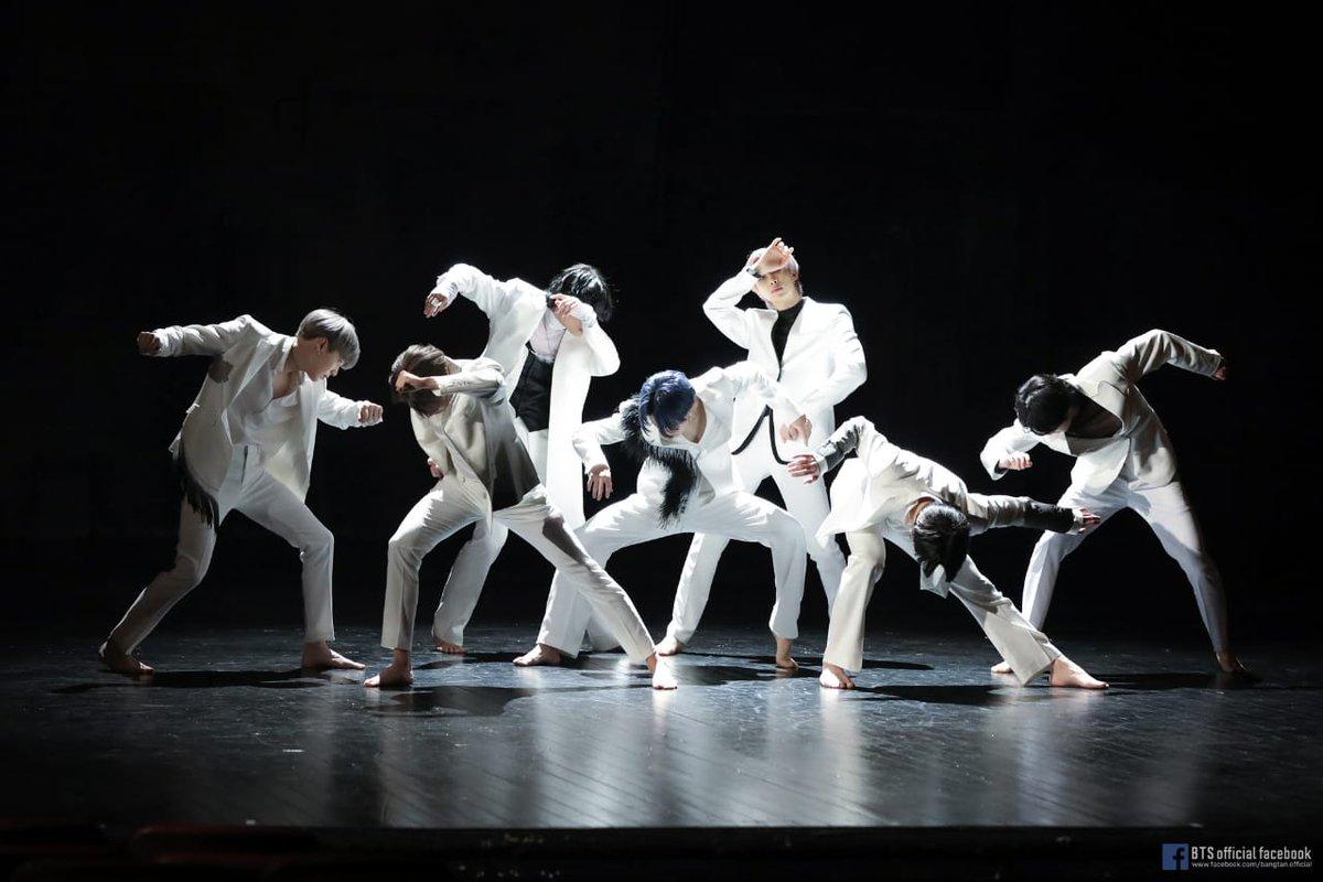 One year with Black Swan  #1YearWithBlackSwan #BTS #방탄소년단 @BTS_twt #BTSARMY #아미