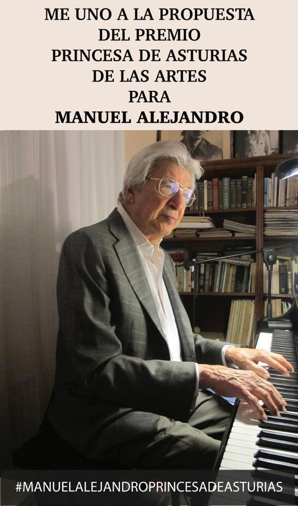 Soy un ahijado con suerte. Un sueño en vida tener como padrino al más grande compositor en español 🙌🙌  #ManuelAlejandroOficial  @fpa #PremioPrincesaDeAsturias  #ManuelAlejandroPrincesaDeAsturias