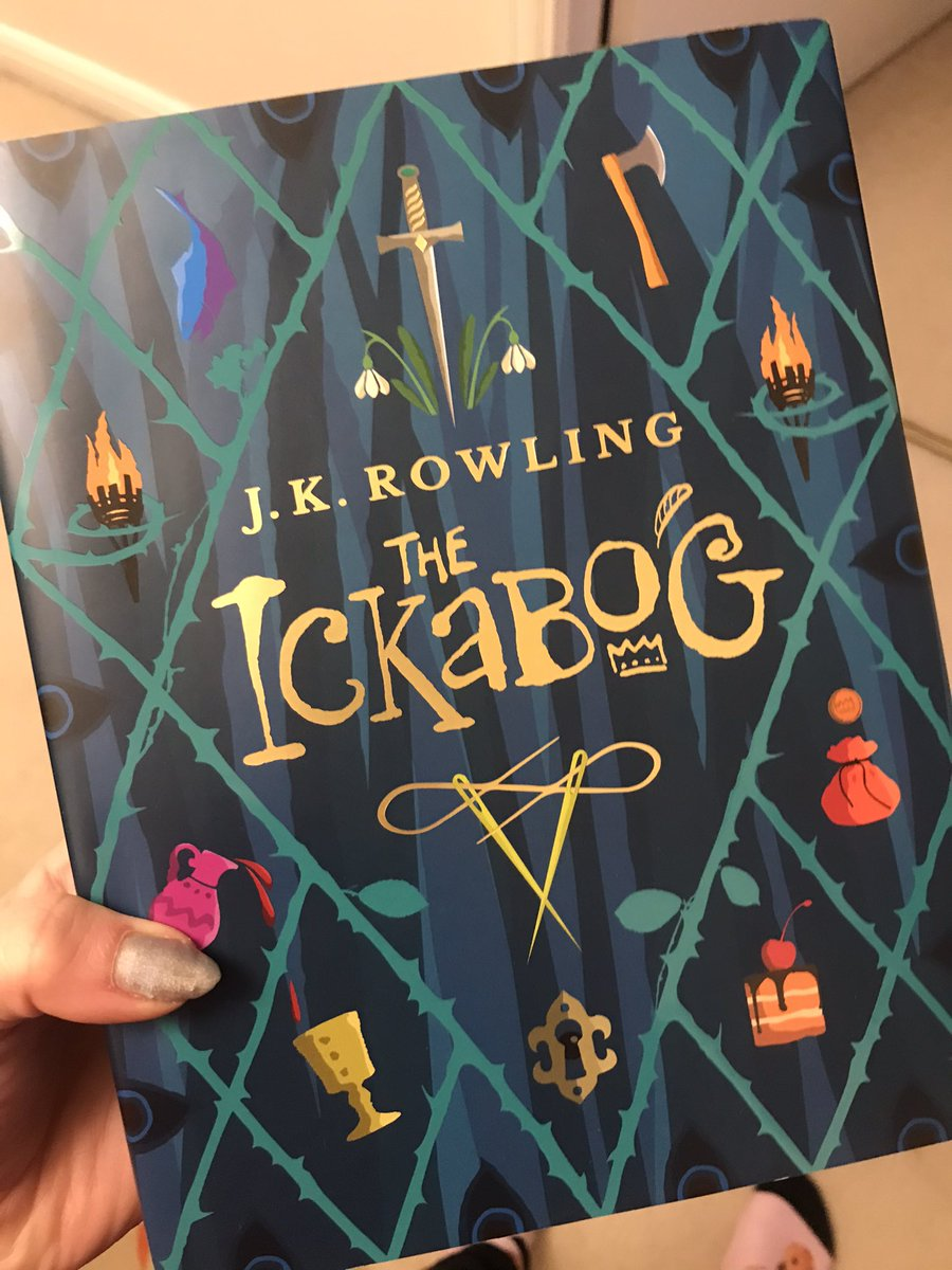 Finally getting round to reading this beautiful book gifted by an ex student of mine! Can't wait! #TeachersWhoRead @jk_rowling @TheIckabog #theickabog #reading #fiction