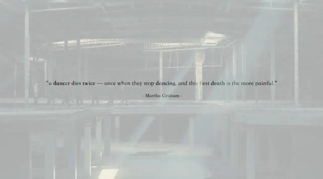 """""""um dançarino morre duas vezes- uma vez quando para de dançar,e esta primeira morte é a mais dolorosa"""" -Martha Graham #1YearWithBlackSwan"""