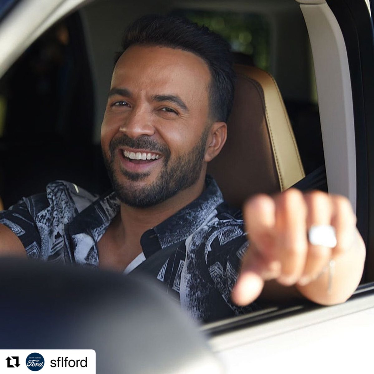 #Repost @sflford with @make_repost ・・・ We see you Luis! 🙏.All of our Ford dealers are very excited you're part of the Ford family in South Florida! ¡Bienvenido a la familia! ..#SouthFloridaFord #Ford #FordExplorer #Photography #Portrait #CarPhotography #LuisFonsi #PopSta