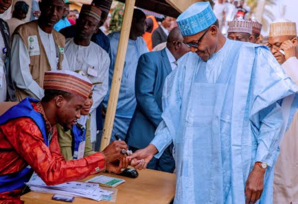"""In 2015, @inecnigeria claimed PMB polled 15.2 million votes. Today, Kano showed the whole world where the 15.2m  """"votes' came from."""