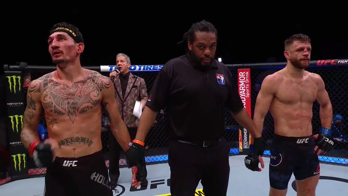 Fighting with something to prove!  Hats off to @BlessedMMA 👏 #UFCFightIsland7 https://t.co/xLS2ykJEDH