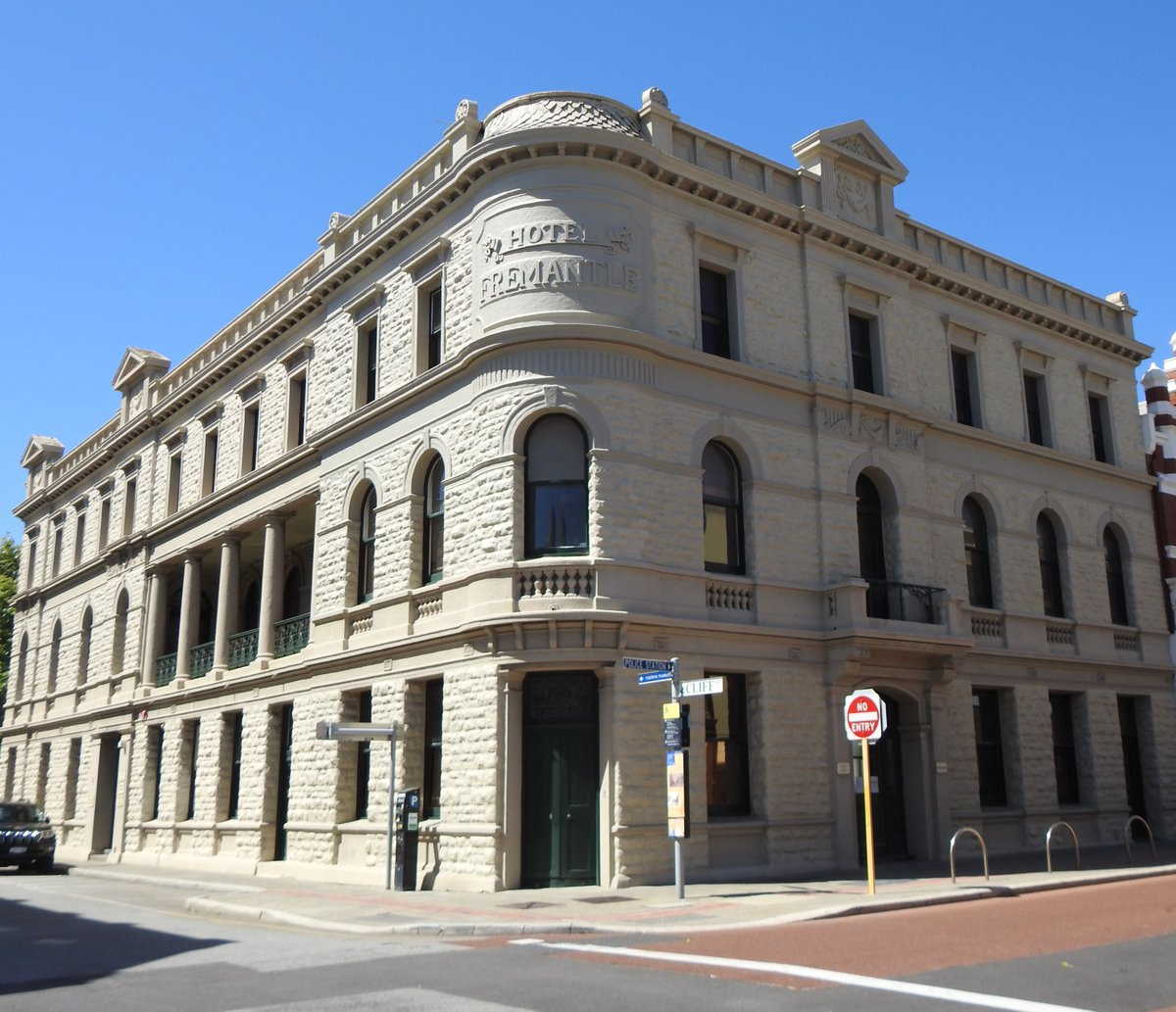 Holiday in WA! Take a walking tour in Fremantle. Learn about the early days of Hotels and Hooligans. The old Fremantle Hotel.  Read more at:    #ayearinperth  #solotraveller  #solotraveler #maturesolotraveler #perth #freo #fremantle #walkingtour #pubs