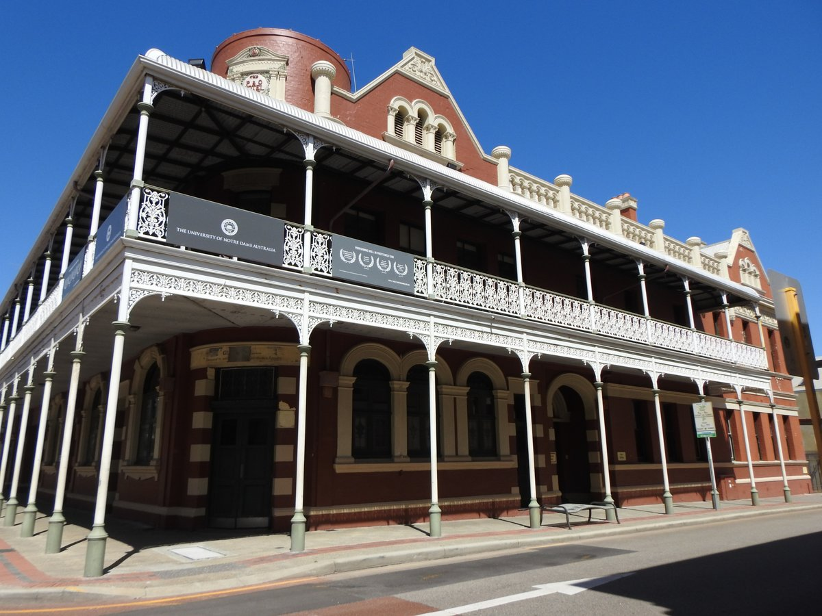 Holiday in WA! Take a walking tour in Fremantle. Learn about the early days of Hotels and Hooligans. The old P&O Hotel.  Read more at:    #ayearinperth  #solotraveller  #solotraveler #maturesolotraveler #perth #freo #fremantle #walkingtour #pubs