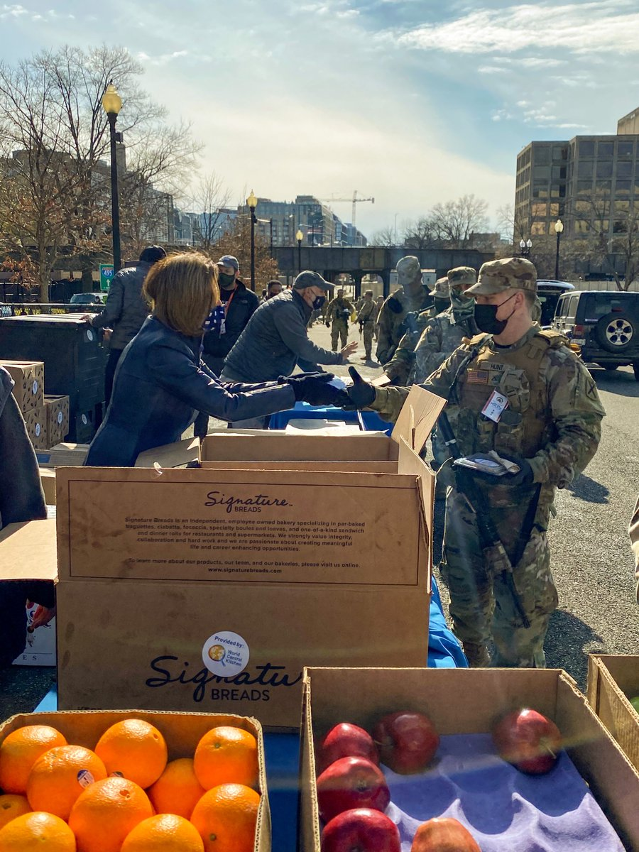Today, it was my honor to join @chefjoseandres and @WCKitchen to provide meals to our heroic National Guard troops who are keeping our Congressional community safe during this difficult time.