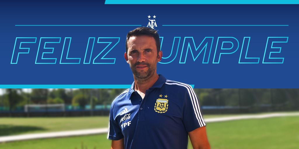 #SaludoAlbiceleste 🇦🇷 Hoy cumple 4⃣6⃣ años Hernán Magrini, técnicno de nuestra Selección de Fútbol Playa. ¡Feliz cumpleaños!