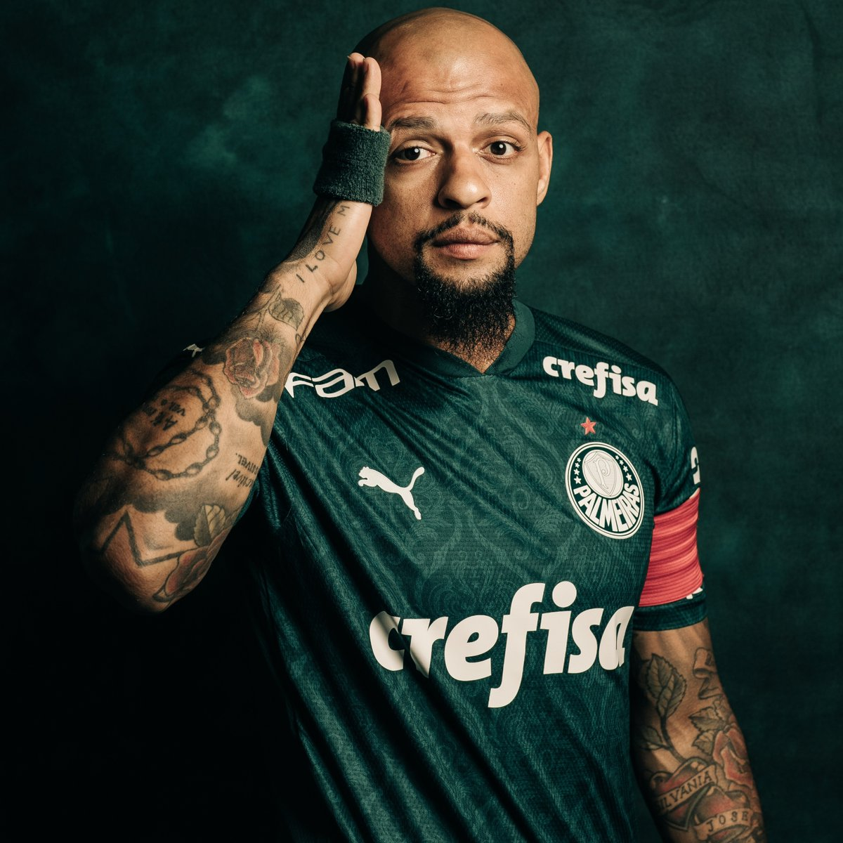 😪 Working hard for #GloriaEterna!  💪🐷 @Palmeiras' captain Felipe Melo featured 5 times in the 2020 #Libertadores before suffering an injury, and is now hoping to be healthy to feature in the Final!  🔜 Will he be on the pitch at the Maracanã on January 30th?