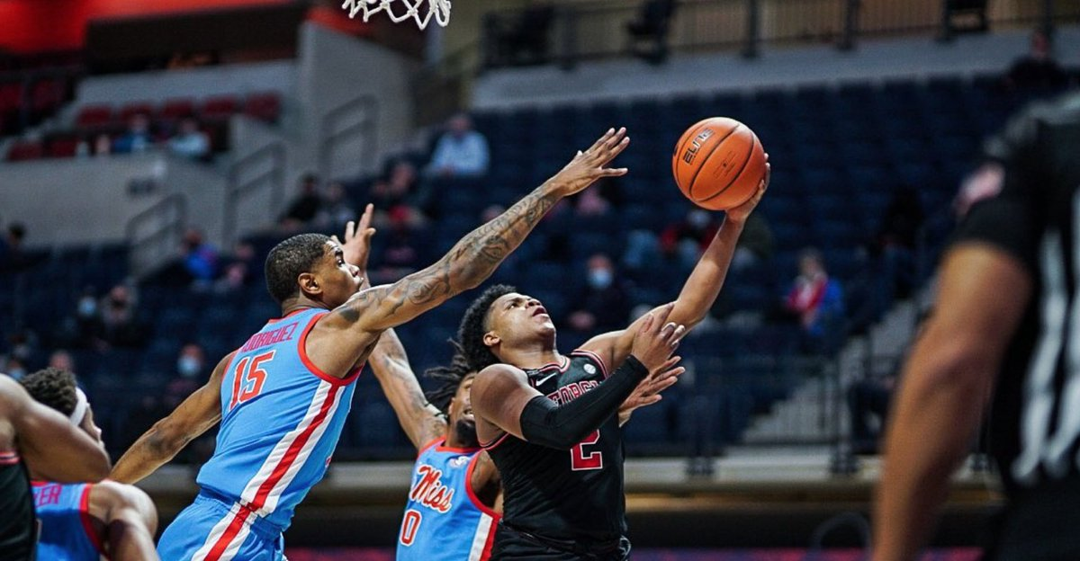 Clutch performance from @sahvir_ Wheeler driving into the heart of Ole Miss' trademark 1-3-1 and sinking 4-of-4 FTs in final 1:02 for big #Georgia road win ... https://t.co/gscI35nLIY https://t.co/sFXljUvDLZ