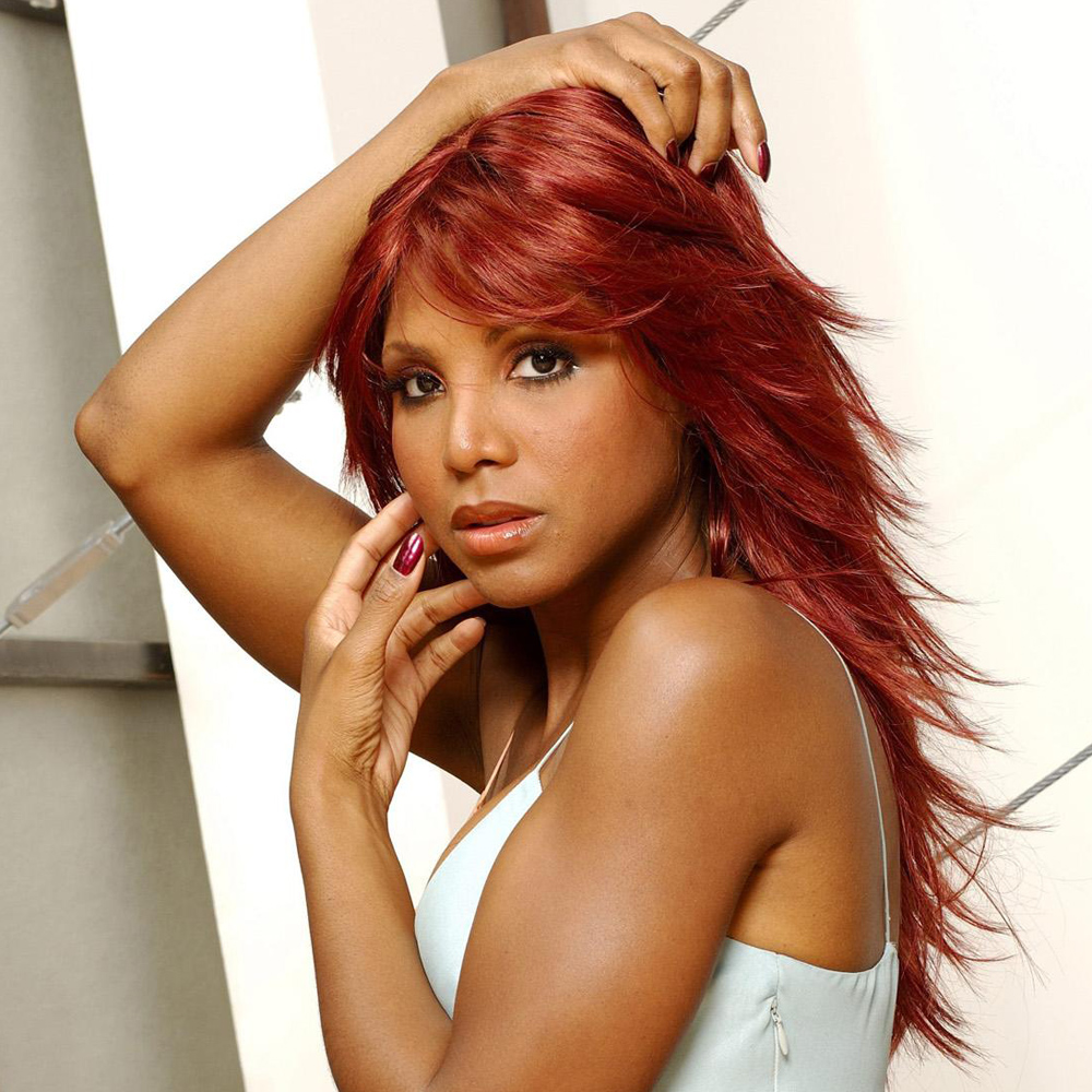 #NowStreaming You're Makin Me High By @ToniBraxton Live on #spintwinsradio