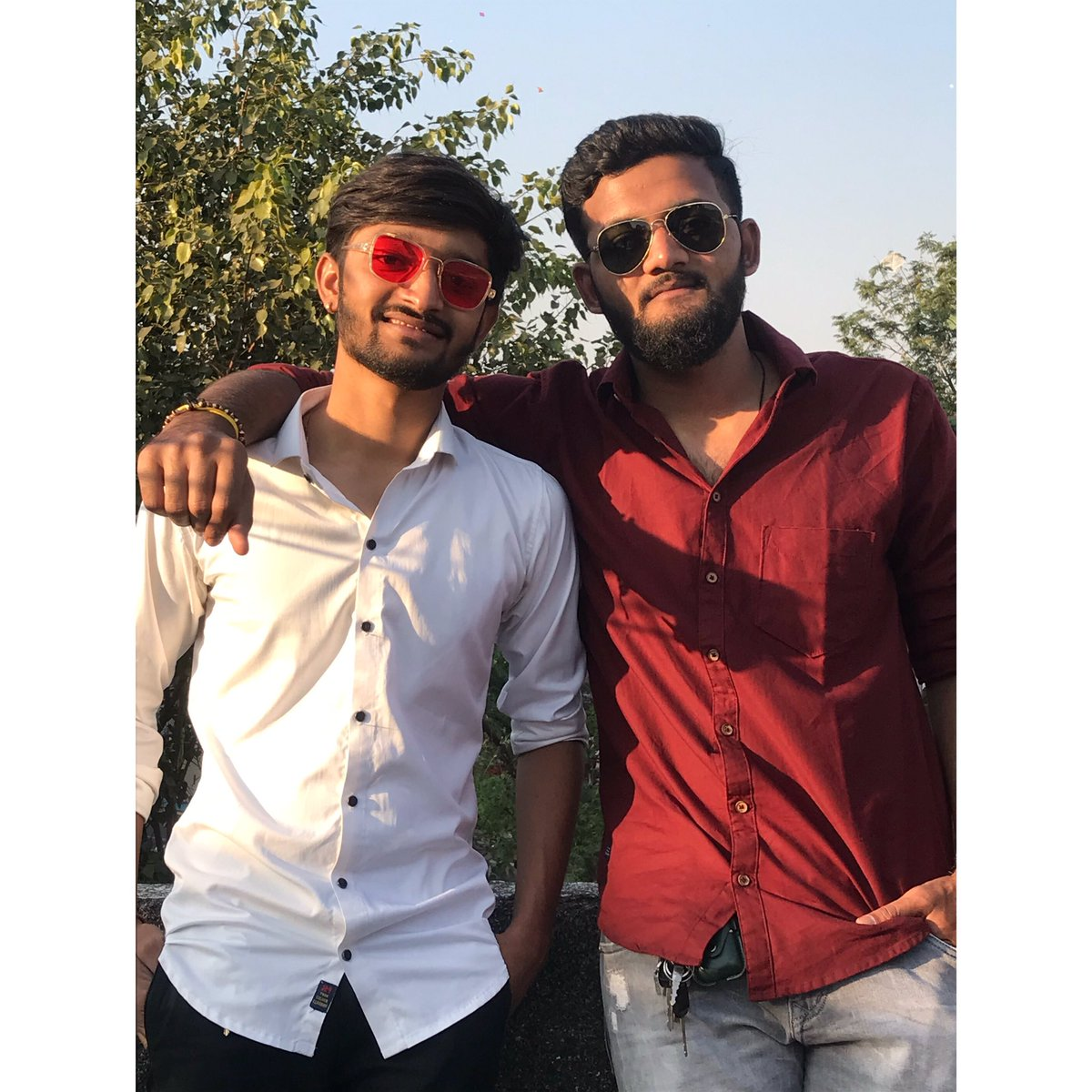 A brother's love will forever protect you.🖤😘😇  #uttrayan2021 #Uttarayan #bro #brother #Brothers #dishantvirani #viranidishant #dishant #virani #artist #actor #baba #surat #SundayMorning #Gujarat #ahemdabad #Vadodara #kiteflying #EnjoyingEverydayLife #momentum2021 #2021year #dv