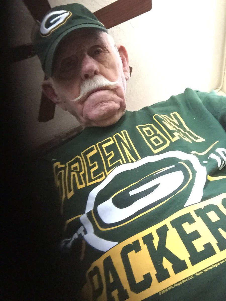 Good luck Packers! You were my daddy's favorite team. He passed earlier this year.  #beatLA