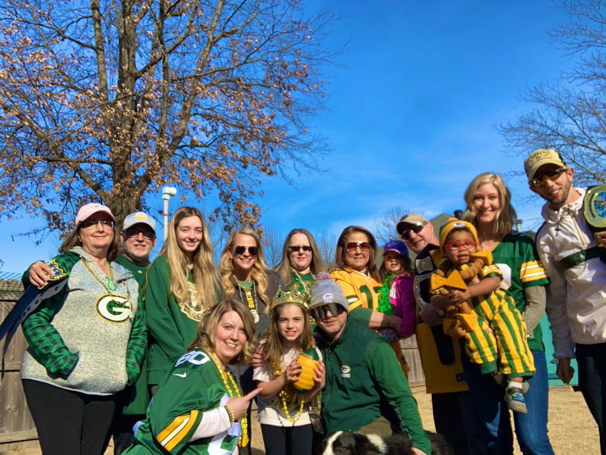 Packer playoff time with the fam! #GoPackGo