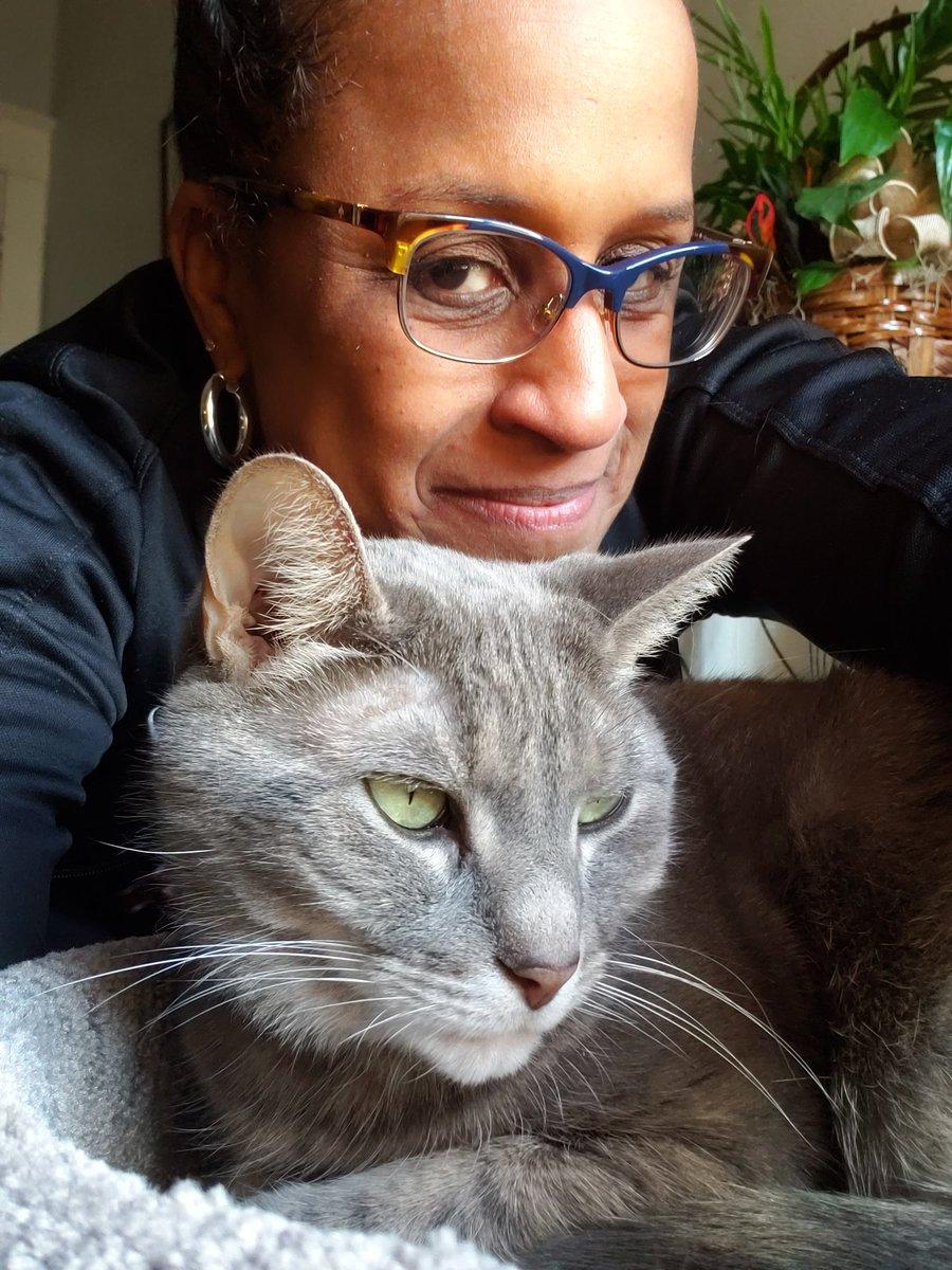 I'z lubz mi Meowmy ❤ #CatsOfTwitter #Caturday #catsofinstagram #love #TabbyTroop #meow