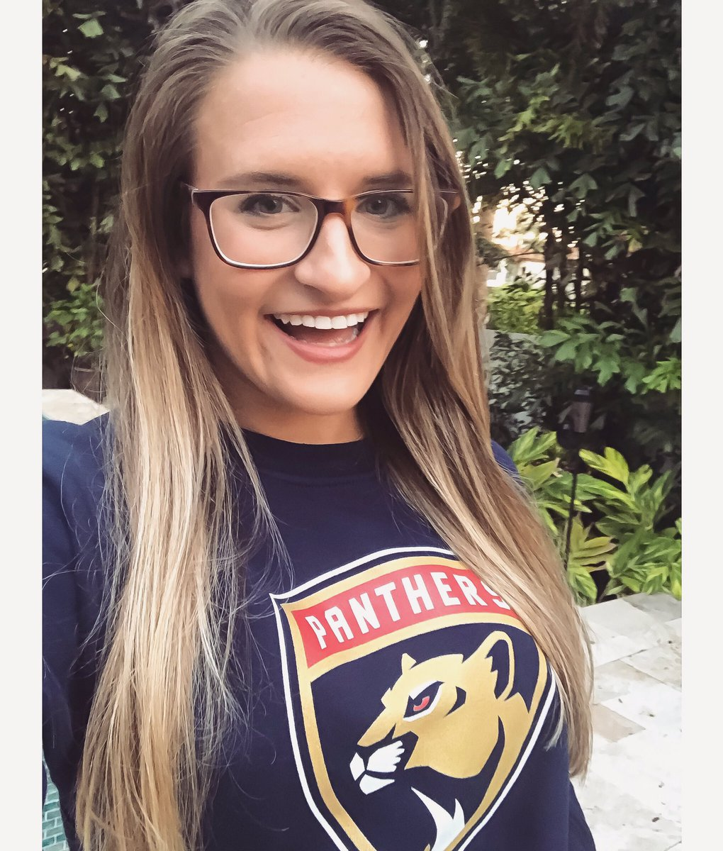 You don't need perfect vision to see that #FlaPanthers hockey is BACK! 🤓  Tomorrow • 7 PM • 📍@thebbtcenter