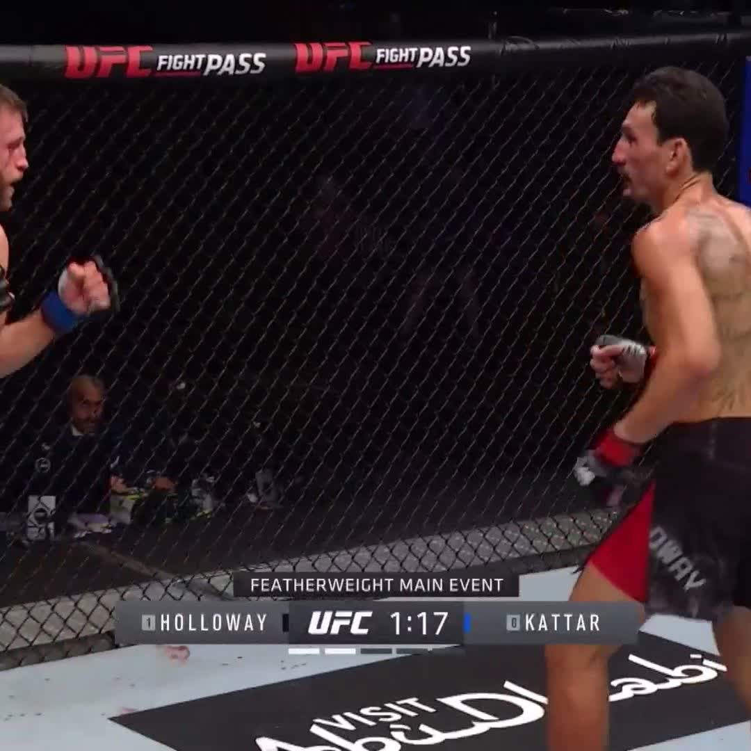 Holloway is absolutely pouring it on!!! 🤯 #UFCFightIsland7 https://t.co/CLdXbTVL2f