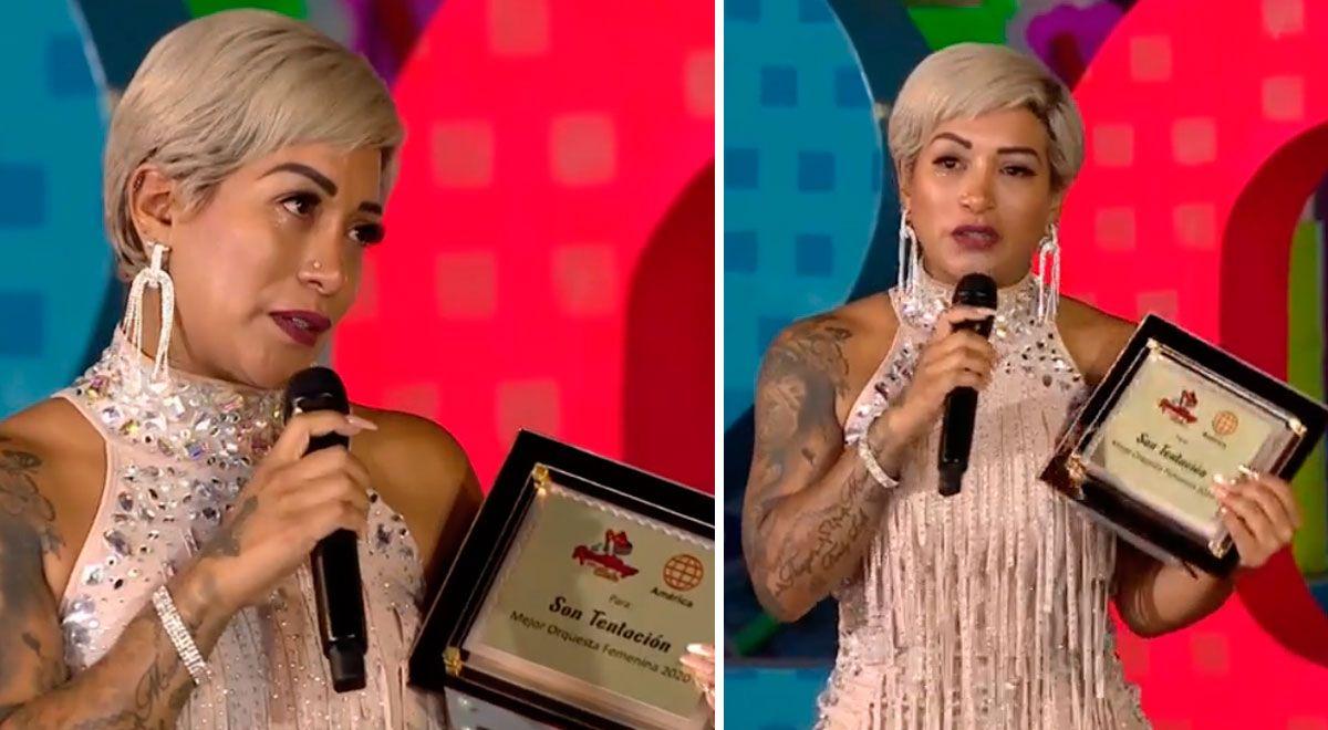 Paula Arias lloró al recibir premio a 'Mejor orquesta femenina' por Son Tentación ►https://t.co/3DuXL8qPGw https://t.co/woM0ByRP37