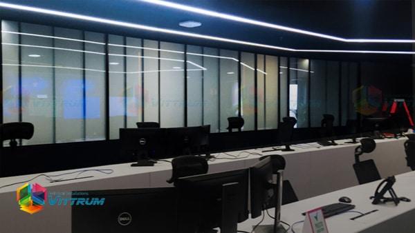 Vidrio inteligente: 4 formas en las que el Smart Glass contribuye al diseño de interiores de oficinas: Vidrio inteligente o Smart Glass es un término de moda en el diseño de interiores por estos días, e implementar nuestra excelente tecnología al…