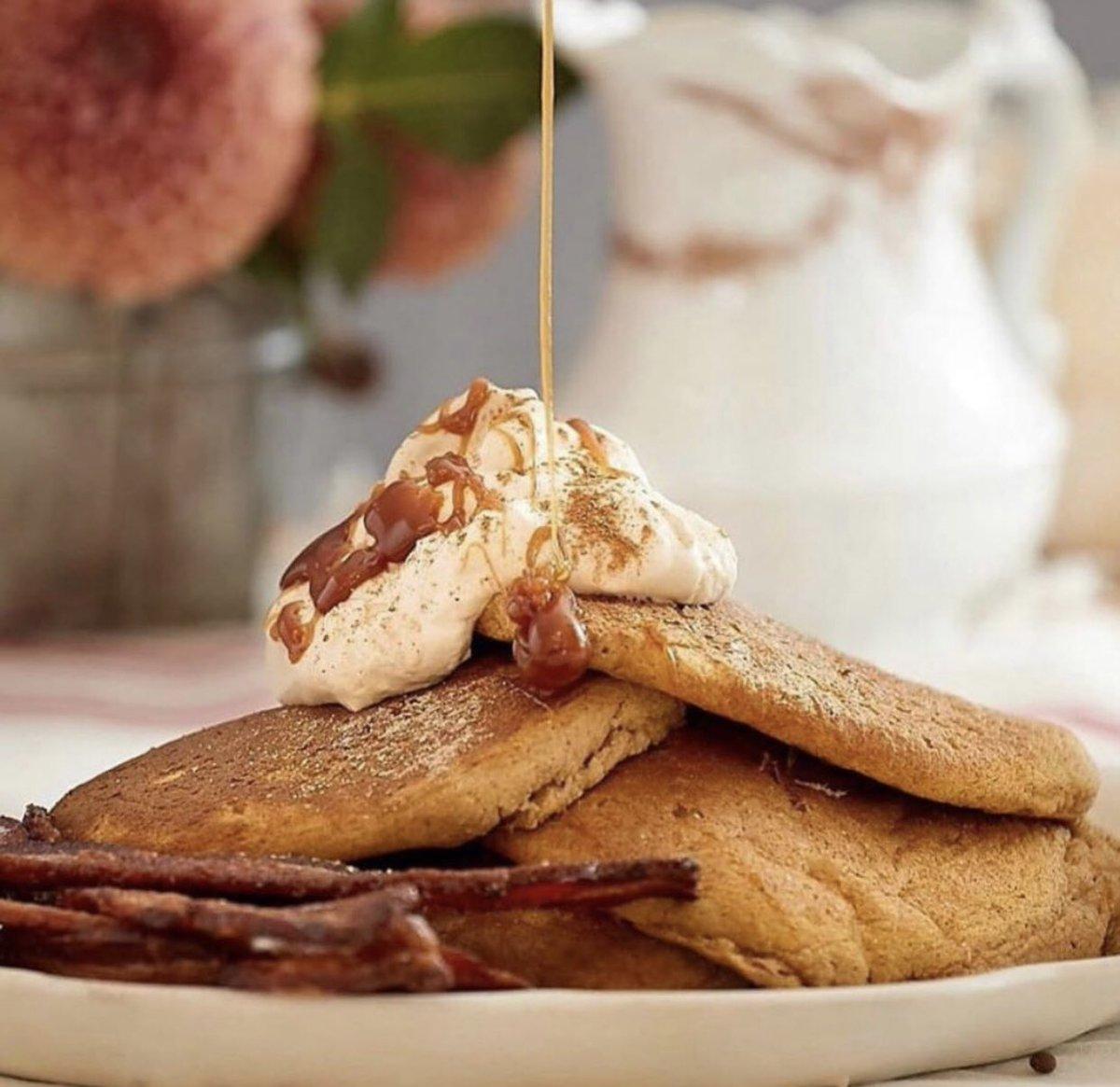 Who's ready for brunch? You'll love these pumpkin chai gluten free pancakes. https://t.co/tgX3sD3hCC     #glutenfreerecipe #RyzeGlutenFree #glutenfreebaking #glutenfreepancakes https://t.co/JwYoWpM4sr