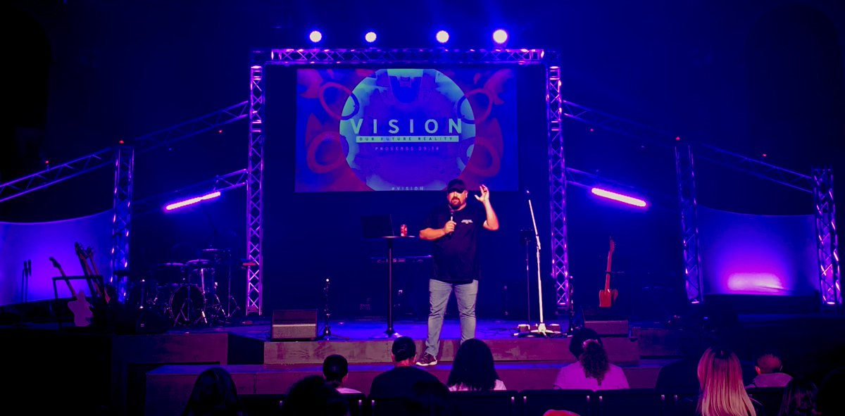 """""""Before you can SEE 👀 the vision, you gotta HEAR 👂🏼the vision!""""   What a word! What a service!What a crowd!💯  We love what God is doing through this generation!!!🧡 #CYM #Catalyst #Jesus #Youth #YoungAdults #Vision #HearTheVision #ForTheCulture #ThisIsCulture"""