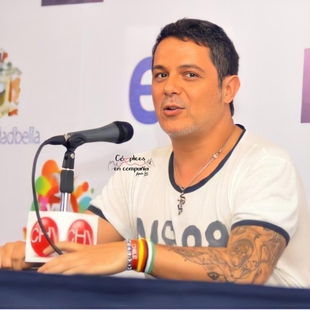 @AlejandroSanz  #AlejandroSanz #MiPersonaFavorita #BackInTheCity #QuédateEnCasa #ElDisco #LaGira #ElMundoFueraLaPelícula 🎬  #OficialFams #CómplicesEnCompañía 👉🏻❤️👈🏻