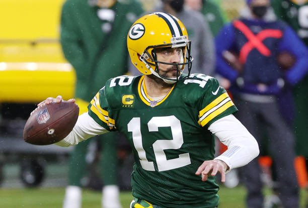 #NFL || Packers a la final de la Conferencia Nacional  #GoPackGo demostró estar un par de escalones arriba y se sacó de encima a #RamsHouse 32-18. Aaron Rodgers lanzó 296 yardas y 2 pases de TD  #LARvsGB