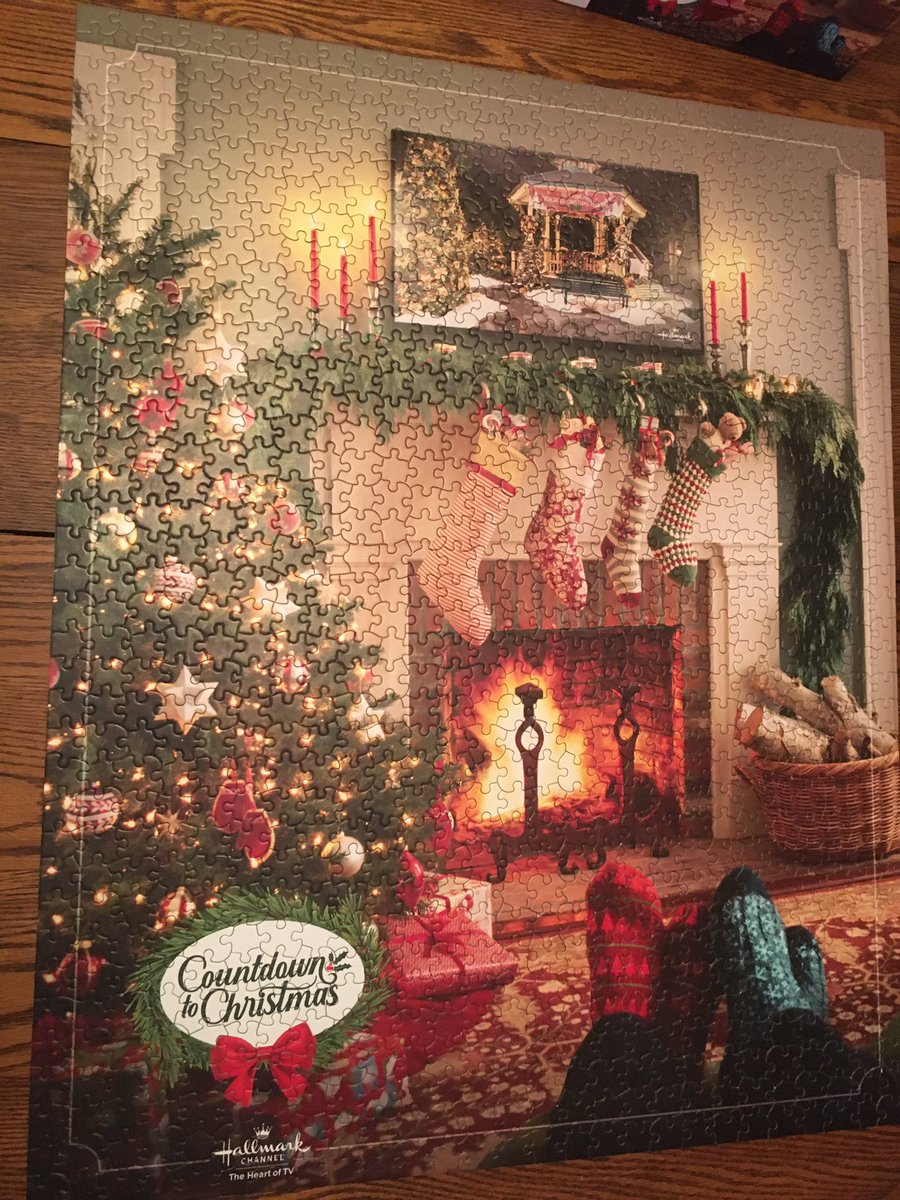 Puzzle done! Thanks @hallmarkchannel for choosing me to win from a RT on Twitter during #CountdownToChristmas #ChristmasSheWrote @danicamckellar @DylanNealStudio  30x24 1000 pieces. Have to confess my sister in law did most of it❤️ Thanks to my brother❣️