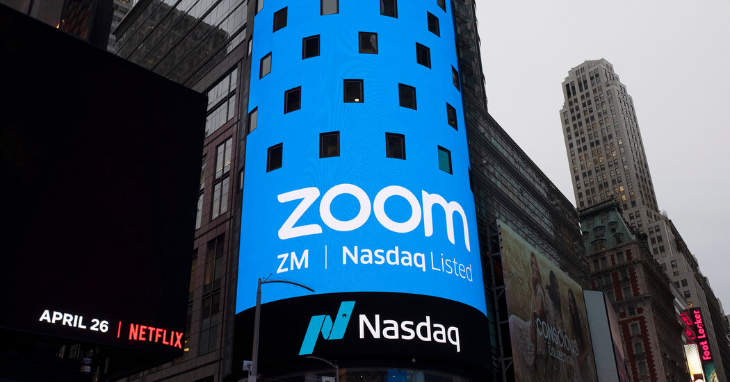 Zoom Executive Accused of Disrupting Calls at China's Behest: U.S. prosecutors have charged a company executive based in China with conspiring to terminate online meetings about the Tiananmen Square massacre. https://t.co/4wRKHFNAAd #Technology #Tech #FutureTech https://t.co/pQD2xbWPH2
