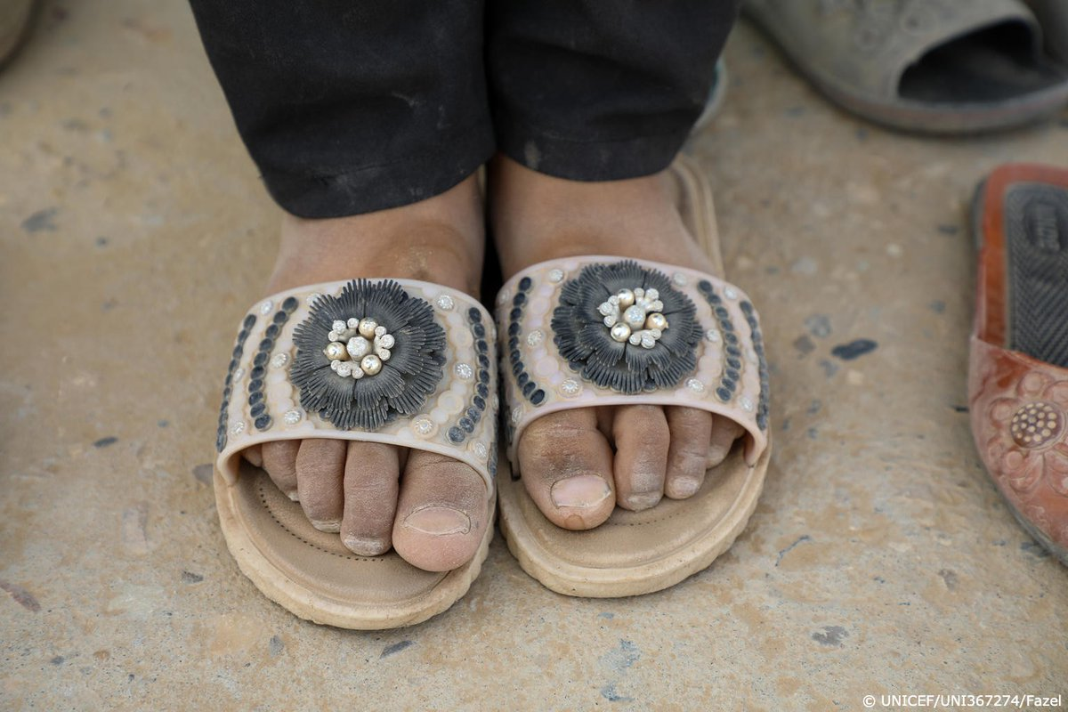 Nine-year-old Zakira's family is struggling with poverty in Afghanistan.  To #EndChildPoverty, countries must rapidly expand social protection coverage #ForEveryChild.
