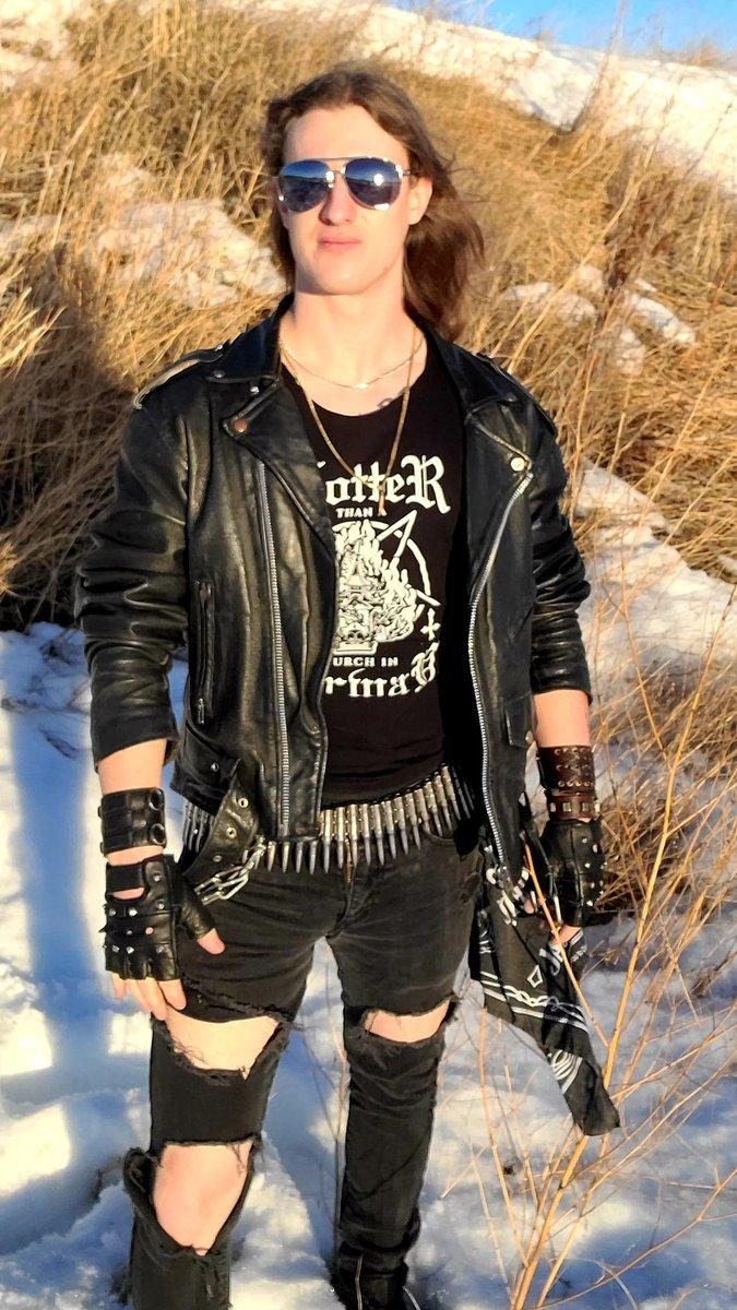 Prairie punk  #metal #heavymetal #metallife #metalguitar #金屬 #punk #thrashmetal #prairies #guyswithlonghair #metall #metalheadguy #metalfashion #metalhead #rockstars #powermetal #nwothm #yycmusic #metalheadsunite #fotografiadodia #leather #metalforever #metalcommunity