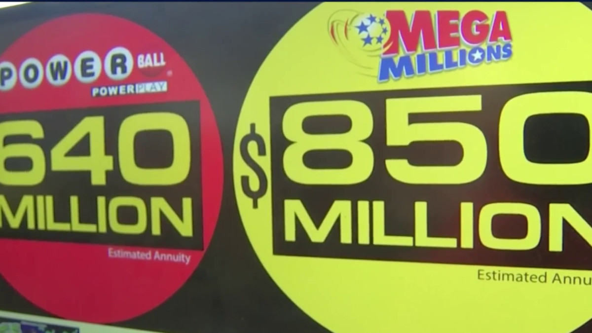 Stores Crowded as Powerball, Mega Millions Lottery Jackpots Climb @Steven_Fisher10 https://t.co/iy6cSC15le https://t.co/h8vmYvpYAm