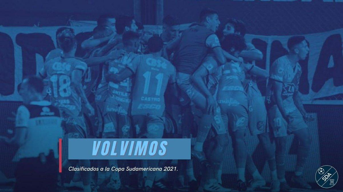 🔵 VOLVIMOS |   Gracias al triunfo de Defensa y Justicia 4 a 2 contra Coquimbo Unido, el equipo de Sergio Rondina clasificó a la #CopaSudamericana 2021.    ⏩ Volvemos al ruedo internacional después de 4 años. ¡#Sarandí es una fiesta!   #VamosArse #ArsenalDeSarandi https://t.co/YLJf3FggUB