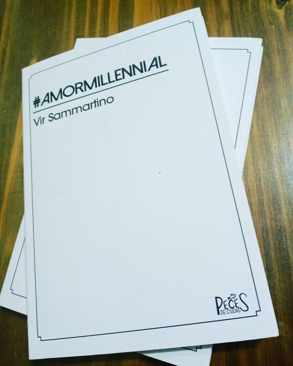 ¿ Conocían este libro ? La poesía de @virsammartino de la mano de @pecesdeciudad__ #lectura #libros #leetodoelaño #Verano2021