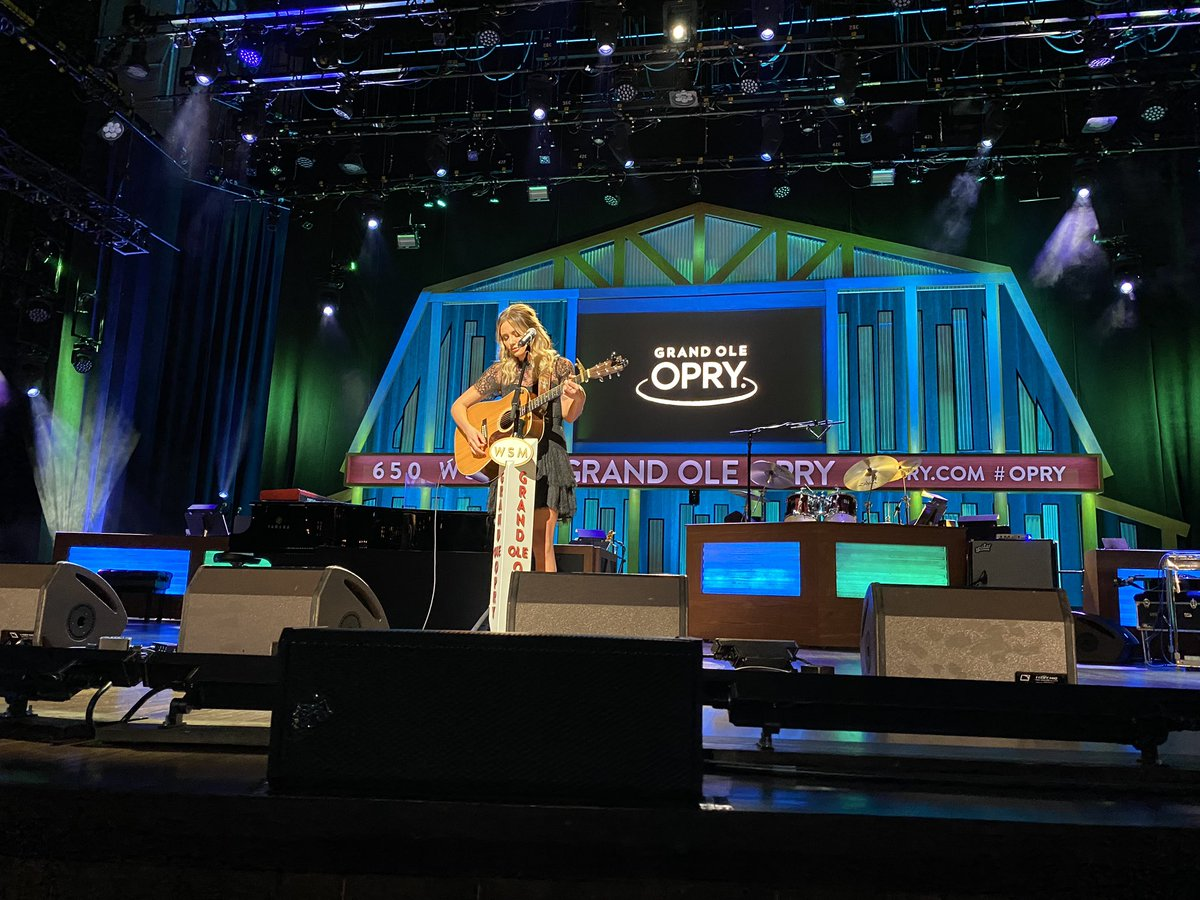 "The most special moment: when @carlypearce gets the whole Opry House quiet to sing the incredibly emotional ""Show Me Around"""