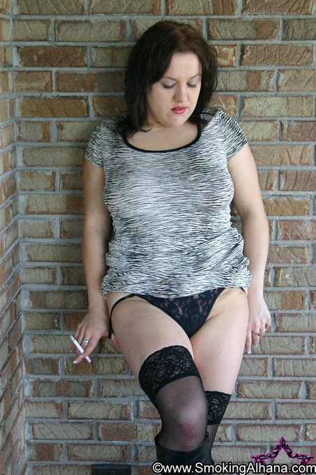 2 pic. Feeling Sassy. RT if you want this Smoking Goddess to pull her panties down. Entice me. Seduce