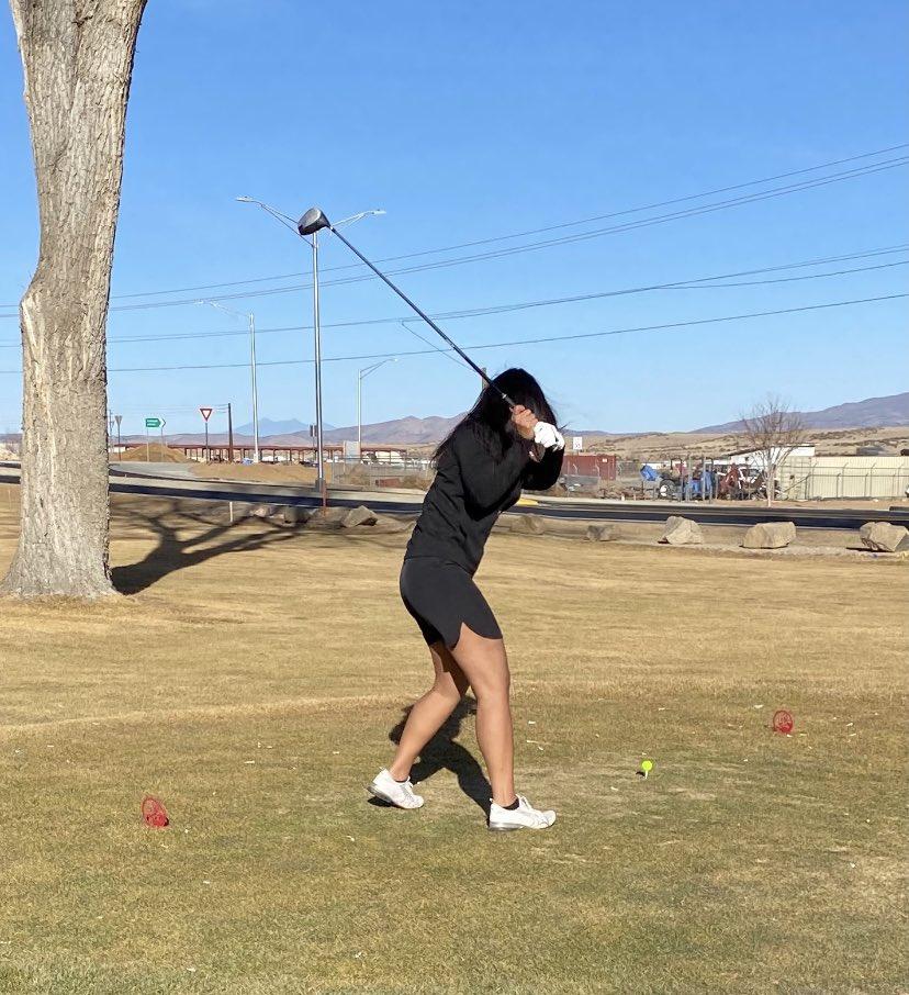 64 degrees... perfect golf weather.  🏌🏽♀️🏌🏽♀️🏌🏽♀️ #golfing #ladyGolfers #prescottAZ #ladiesWhoGolf