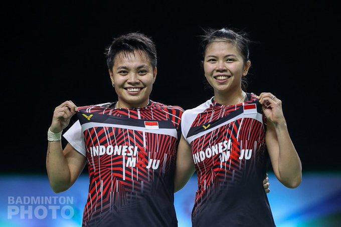 Greysia Polii (kanan) dan Apriyani Rahayu juara ganda putri Yonex Thailand Open 2021