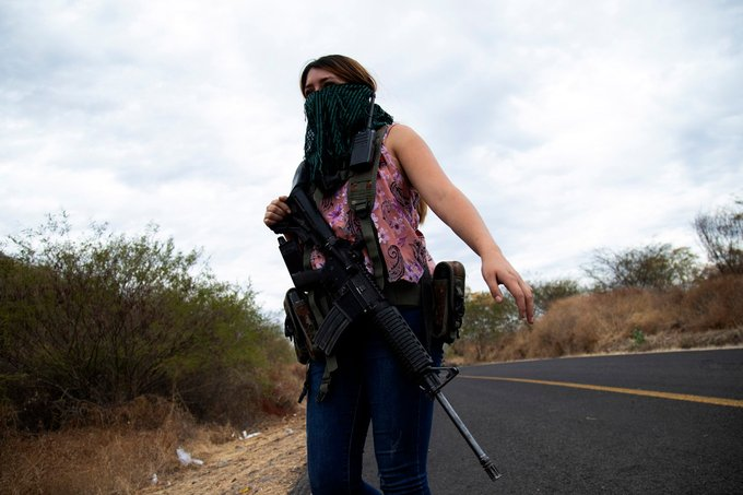 Mexico's female vigilantes take the lead in fighting drug cartels Photo