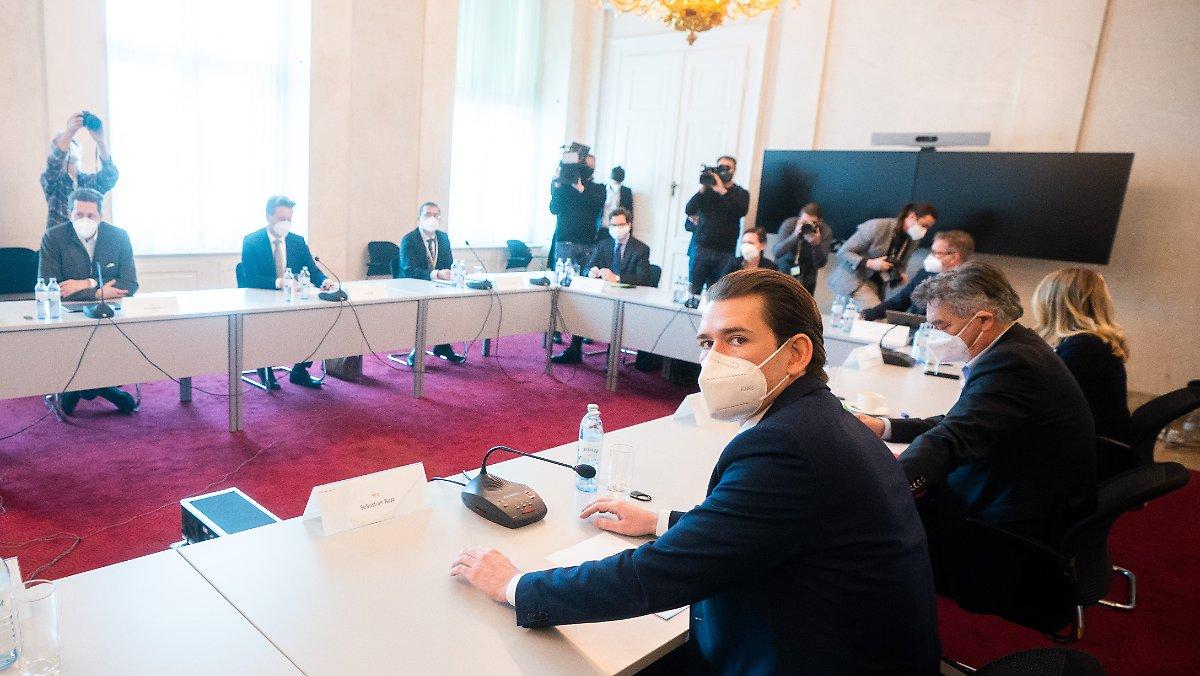 Auch Schulen zu bis Februar:Österreich verlängert wohl Lockdown - n-tv NACHRICHTEN https://t.co/mvrHsA2kZY https://t.co/0FC4Z0P3fQ