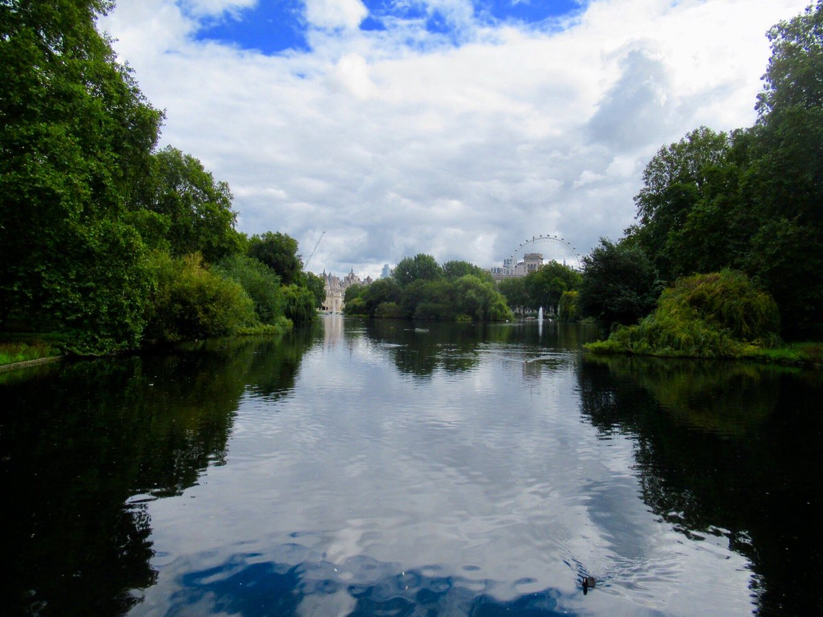 St James's Park Lake #StJamessPark #lake #London