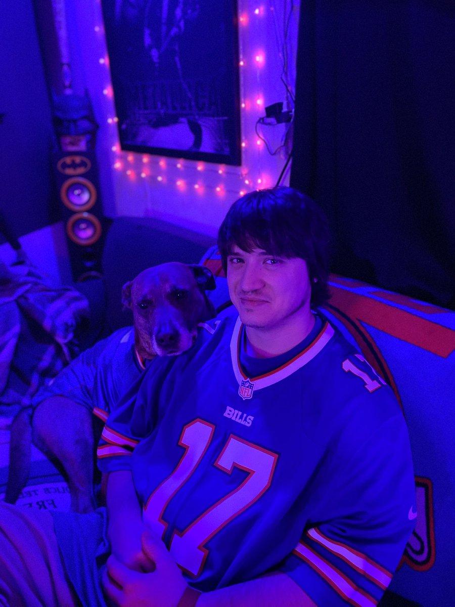 My favorite Bills fans! @BuffaloBills @JoshAllenQB #BillsMafia #VictorySunday