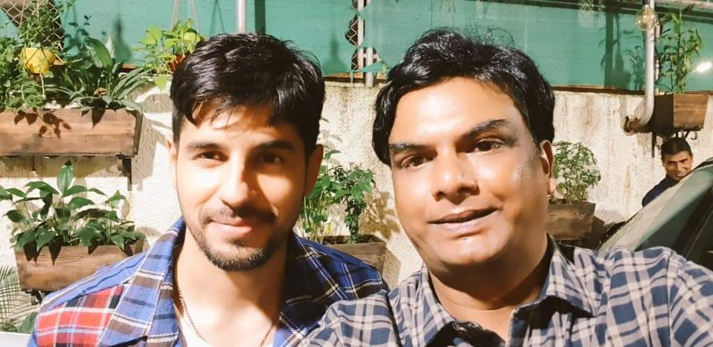 Happy Birthday @SidMalhotra. If you were a stock.. would have invested in you. The multibagger status awaits you! Best wishes as always and a big warm hug. 🤗