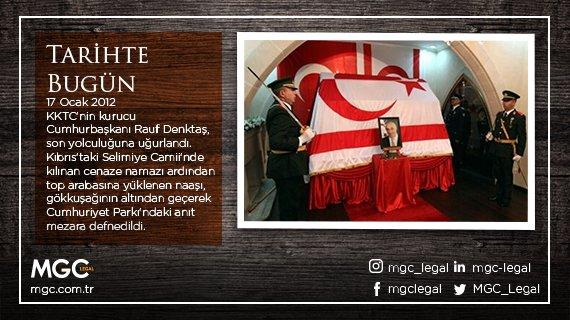 2012 - KKTC'nin kurucu Cumhurbaşkanı Rauf Denktaş, son yolculuğuna uğurlandı. Kıbrıs'taki Selimiye Camii'nde kılınan cenaze namazı ardından top arabasına yüklenen naaşı, gökkuşağının altından geçerek Cumhuriyet Parkı'ndaki anıt mezara defnedildi. #mgc #mgclegal #tarihtebugün https://t.co/XbxNSFDhRe