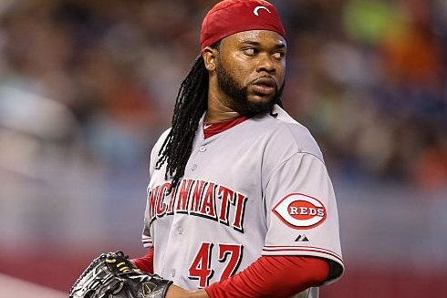 Johnny Cueto was quietly one of the BEST pitchers in baseball from 2011-2016  🔴 2.73 ERA (145 ERA+) 🔴 3.49 strikeout : walk ratio 🔴 16 Complete Games 🔴 7 Shutouts 🔴 7.6 hits per 9 innings 🔴 Just 2 All-Star appearances and 3 years with Cy Young Award consideration 😕