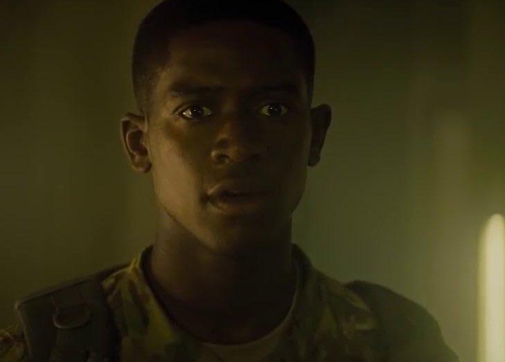"""Bem louco ver protagonismo negros nos últimos lançamentos da Netflix 🤧🖤 Damson Idris como Thomas Harp em """"Zona de Combate"""" e Omar Sy como Assane Diop em """"Lupin"""""""